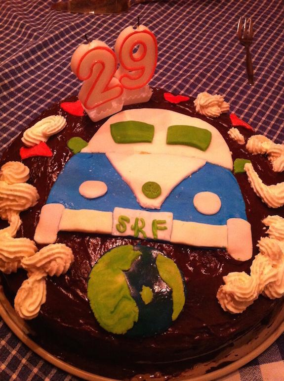 VW Bus Geburtstagskuchen