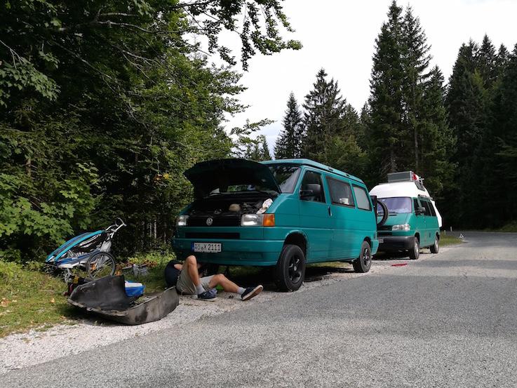 VW T4 Reparatur Thermostatgehäuse