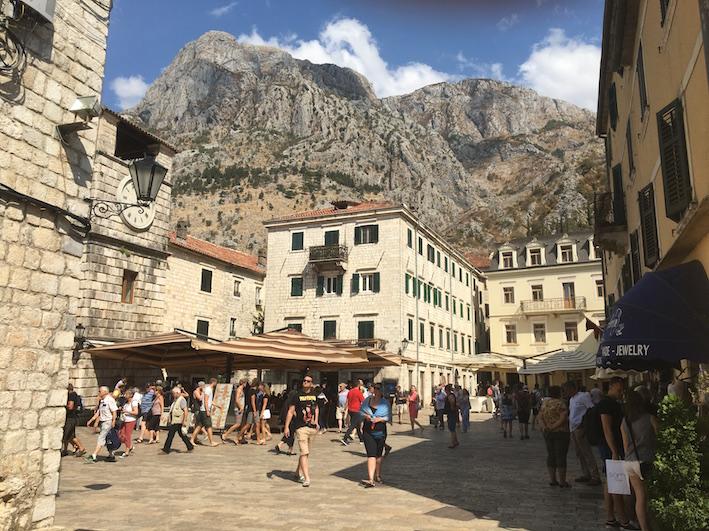 https://8wheels.blog/2017/09/21/montenegro/#more-644