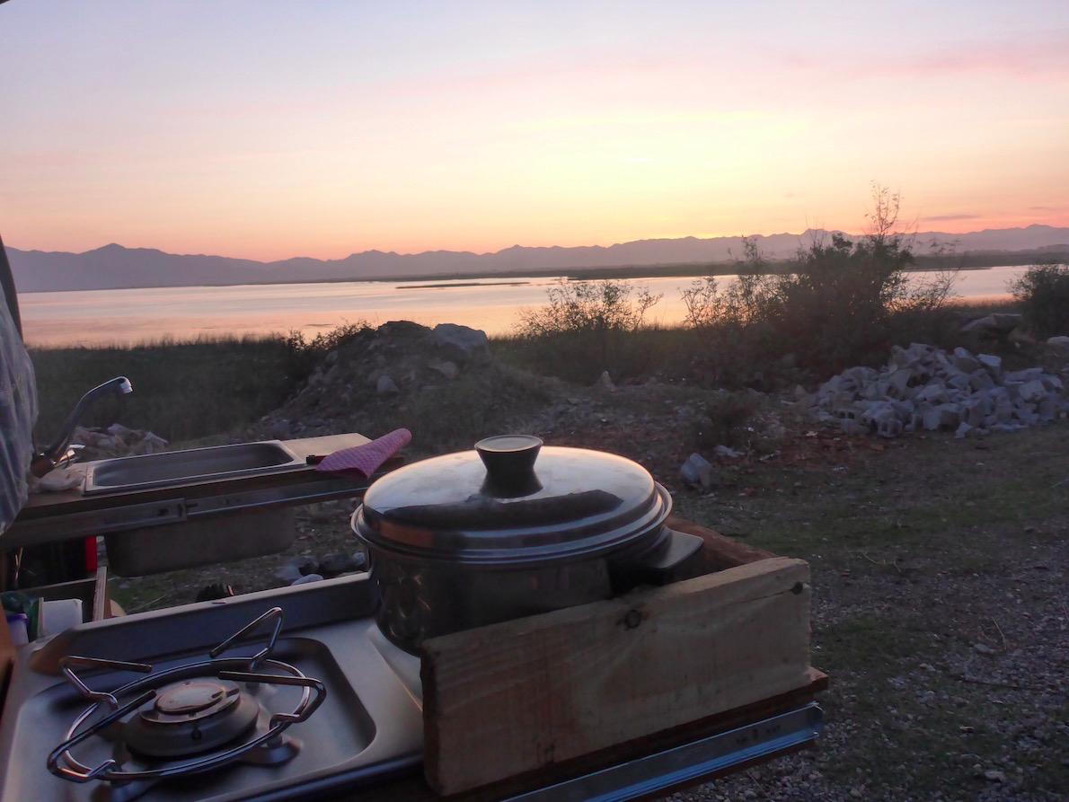 Albanien am Shkoder See.