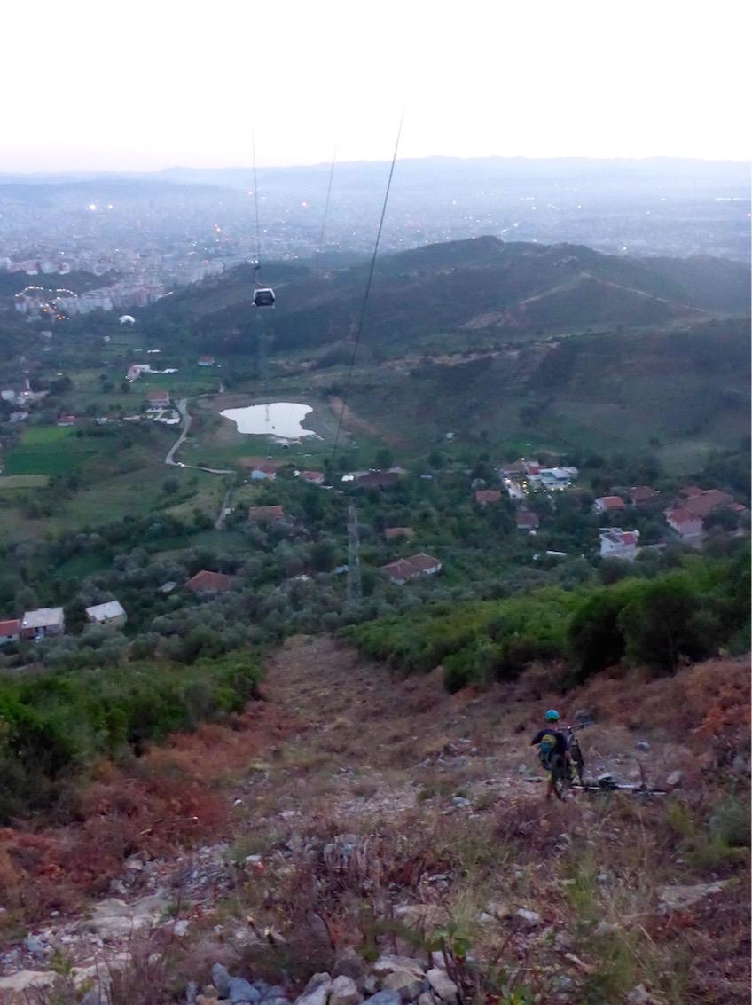 Dajit Ekspres Tirana Albanien MTB Mountainbike