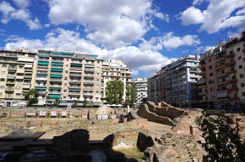 Ausgrabungsstätte mitten in Thessaloniki.