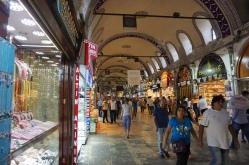 Auf dem Gewürzbasar von Istanbul.