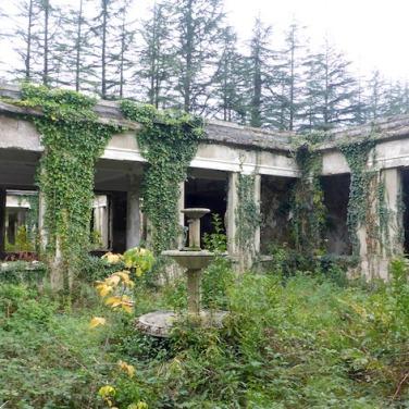 Ruine eines Sanatoriums.