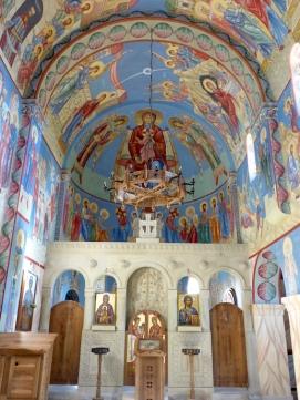 Die Kirche von Innen.