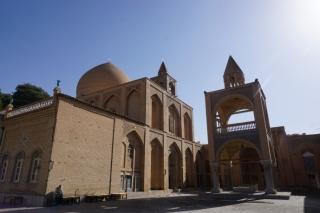 Die Vank Kathedrale von außen.