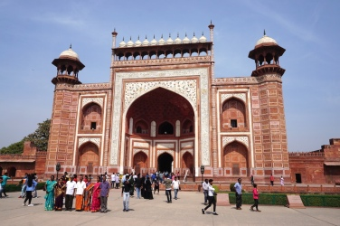 Eingang zum Garten des Taj Mahal.