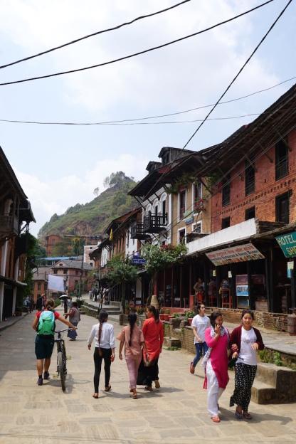 Die Fussgängerzone von Bandipur.