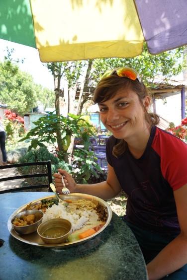 Traditionelles Mittagessen: Dal Bhat.