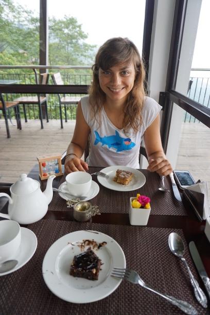 Zweites Frühstück mit Darjeeling Tee.