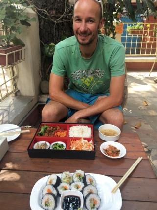 Koreanisches Essen in Kathmandu.