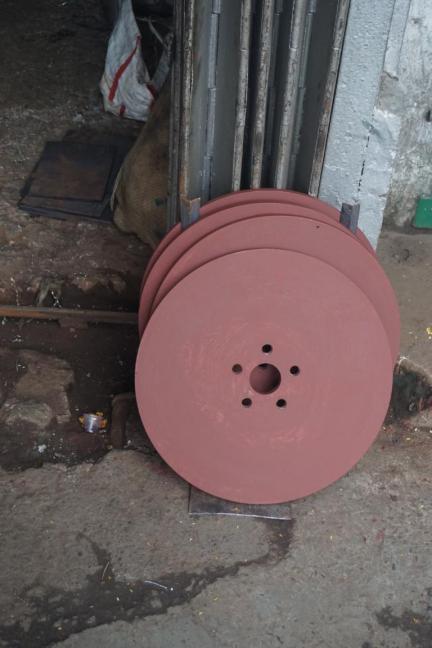 Die Container Reifen.