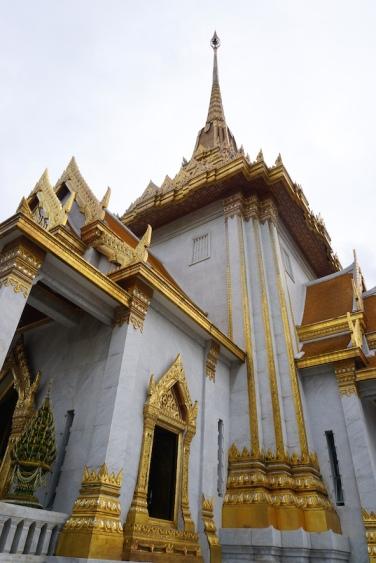 Wat Traimit.
