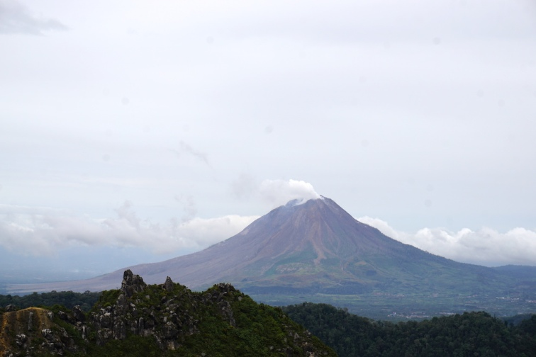 Aktiver Vulkan Sinabung.