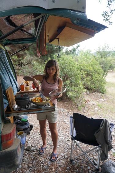 Mittagessen am Río Achibueno.